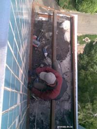Монтаж и покрытие ондулином крыши балкона