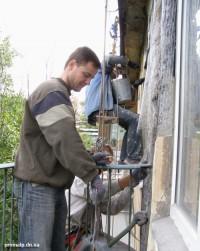 Реставрация разрушенной стены хрущевки
